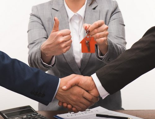 How A Qualified Attorney Will Protect Your Interests During A Closing